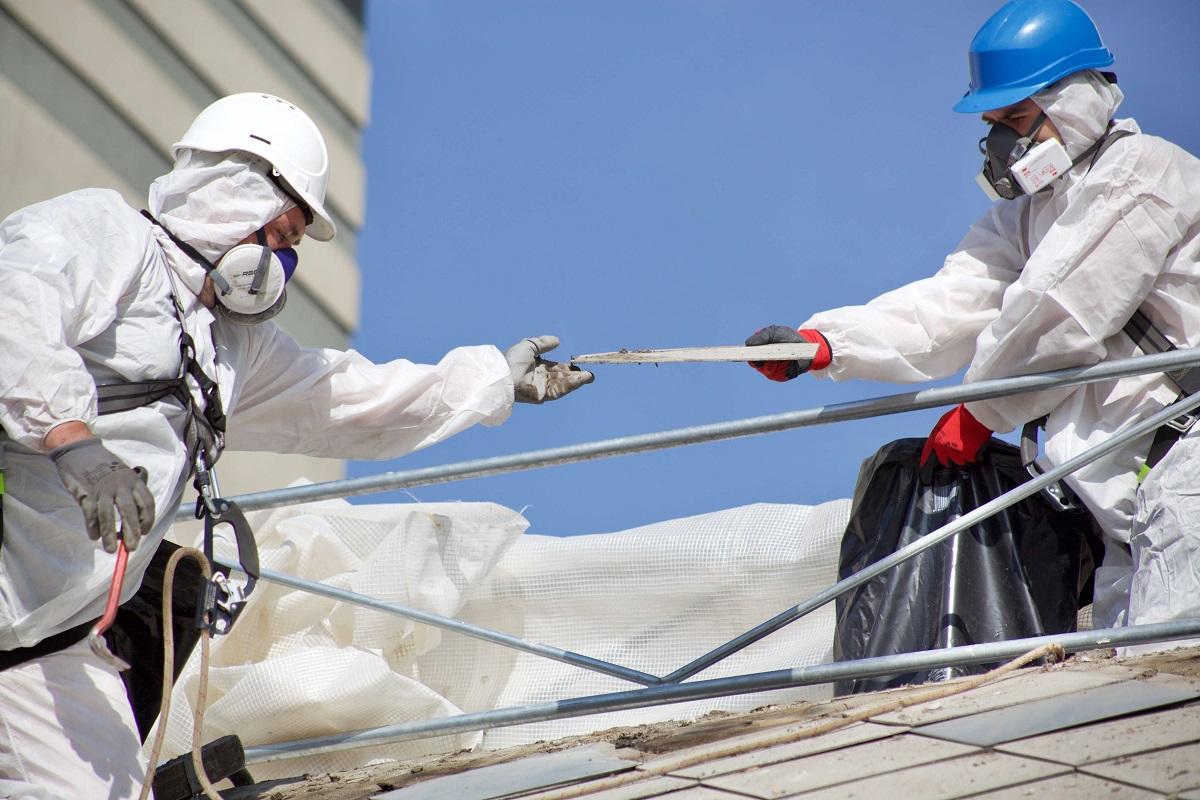 Rekonštrukcia strechy a azbest